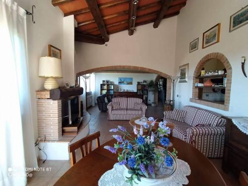 Villa Bifamiliare in Vendita a Canale Monterano