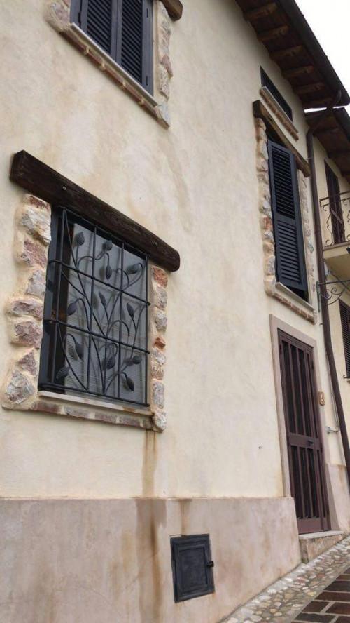 Casa Indipendente in Vendita a Poggiodomo