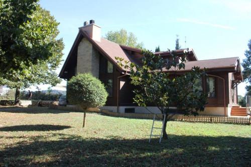 Villa in Affitto a Manziana