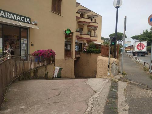 Locale commerciale in Vendita a Ladispoli