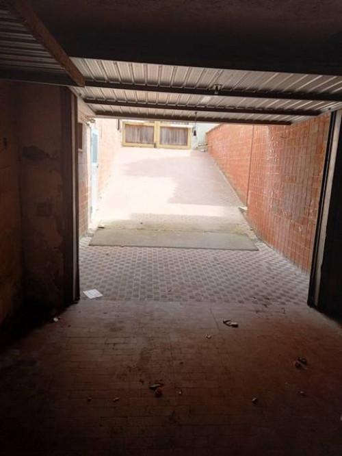 Box o garage in Vendita a Ladispoli