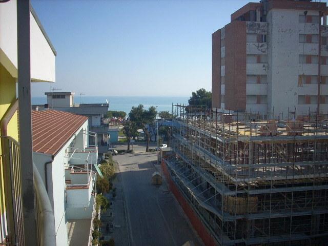 vendita appartamento alba adriatica zona mare  140000 euro  3 locali  50 mq