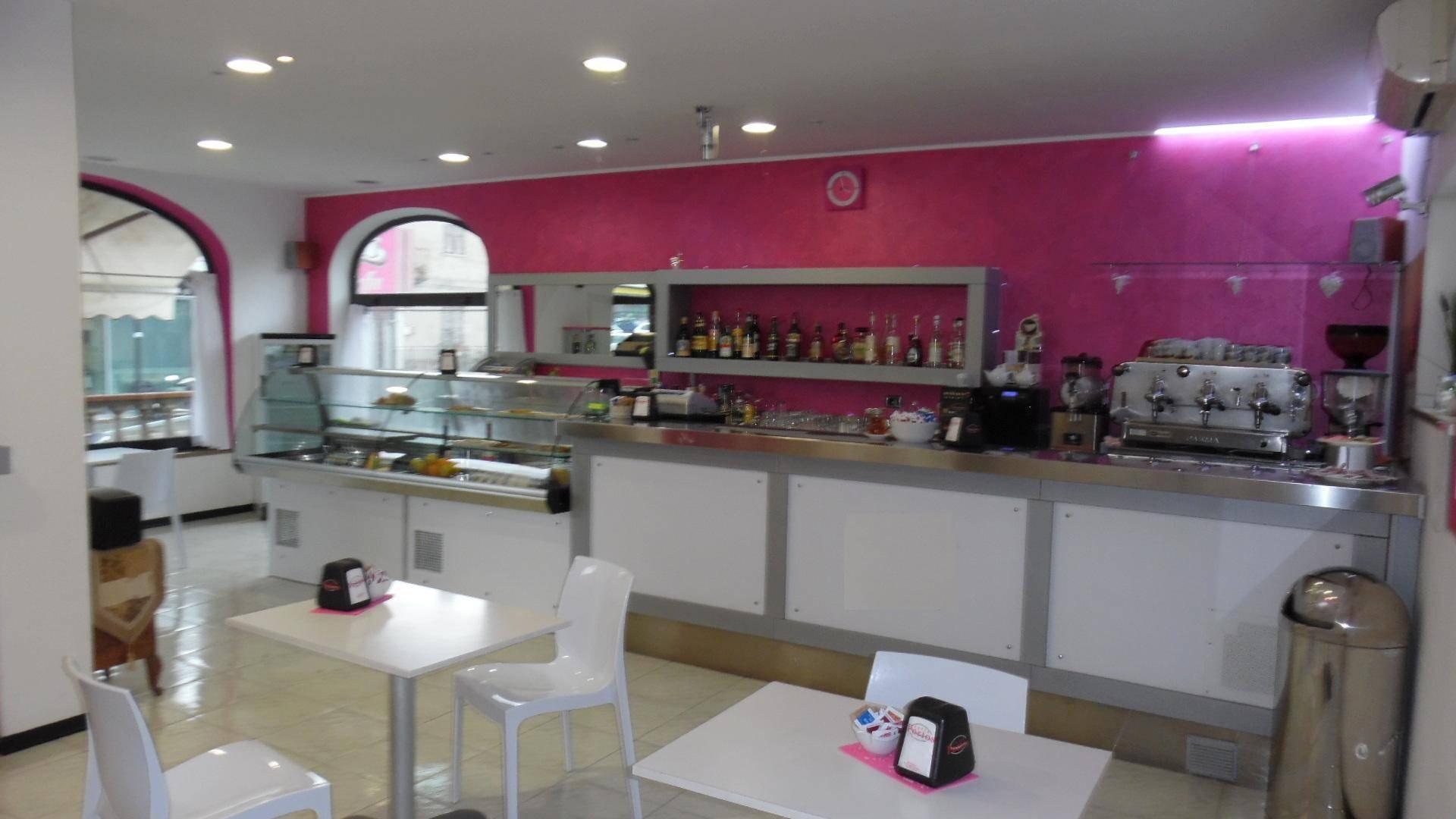 Bar in vendita a Porto D'ascoli, San Benedetto Del Tronto (AP)