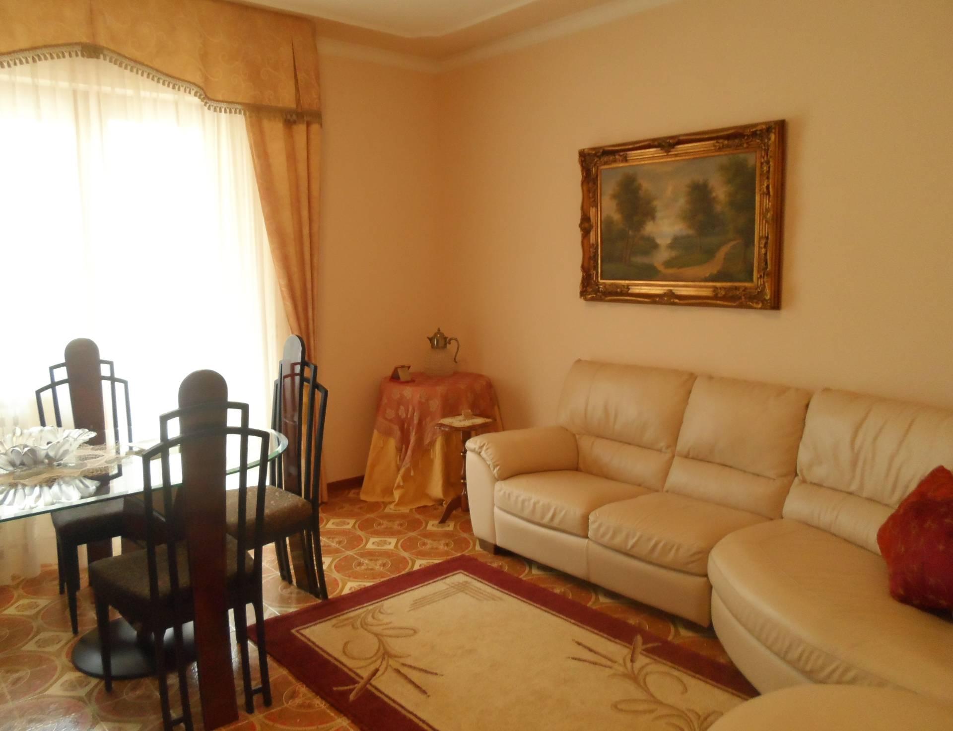 Appartamento in vendita a Colonnella, 5 locali, prezzo € 110.000 | PortaleAgenzieImmobiliari.it