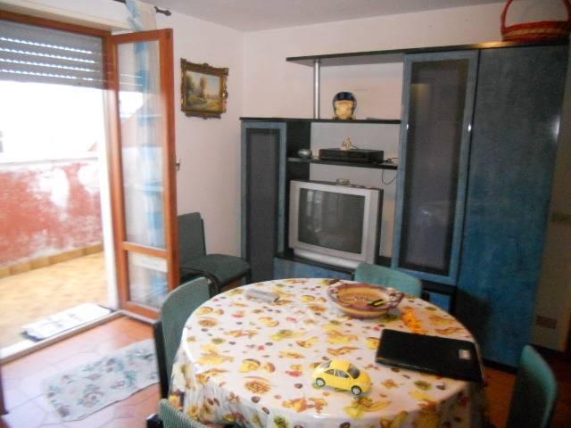 Appartamento in vendita a Martinsicuro, 3 locali, zona Località: ZonaMare, prezzo € 65.000 | PortaleAgenzieImmobiliari.it