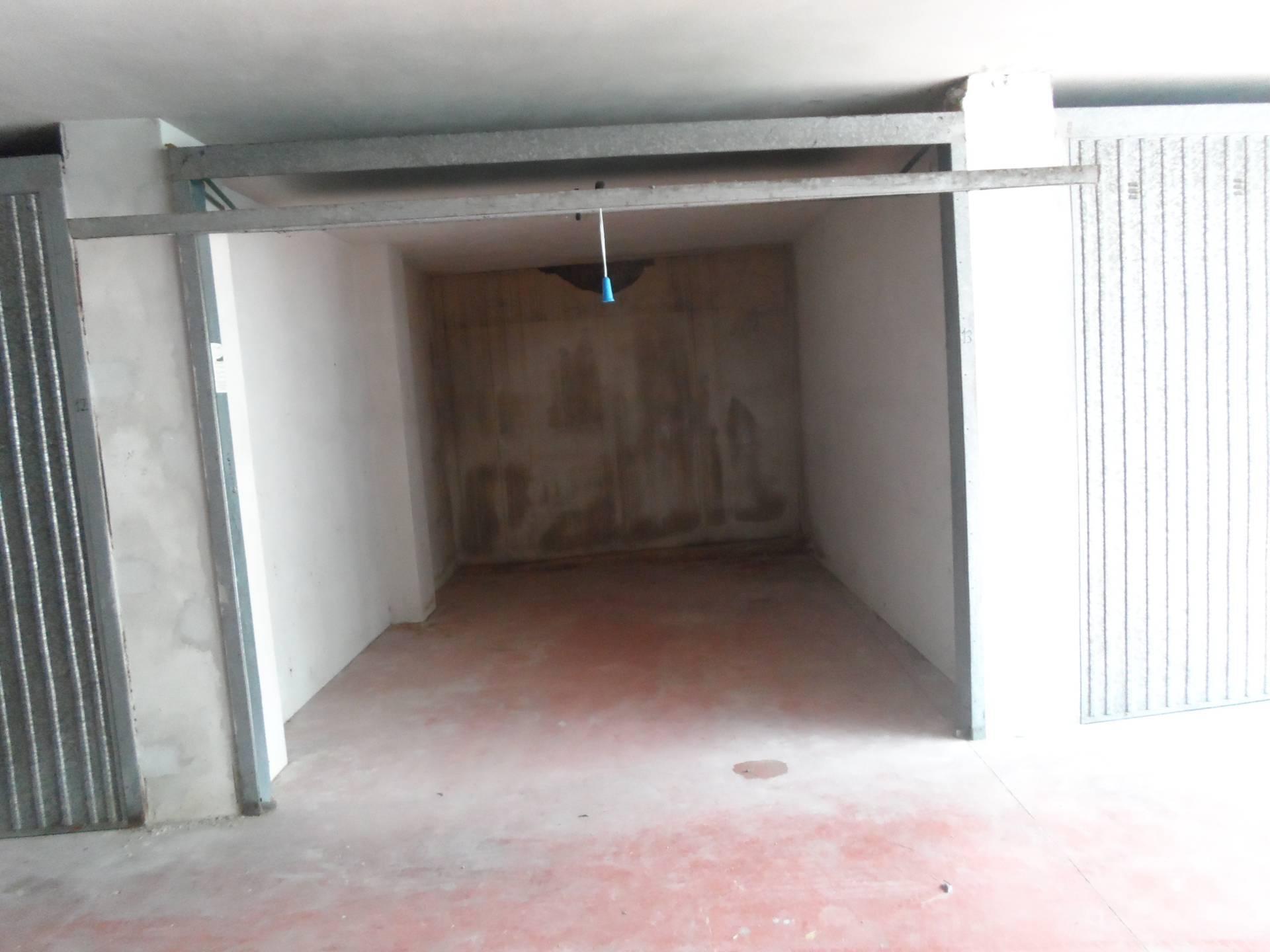 Garage/Box/Posto auto in vendita a San Benedetto Del Tronto (AP)