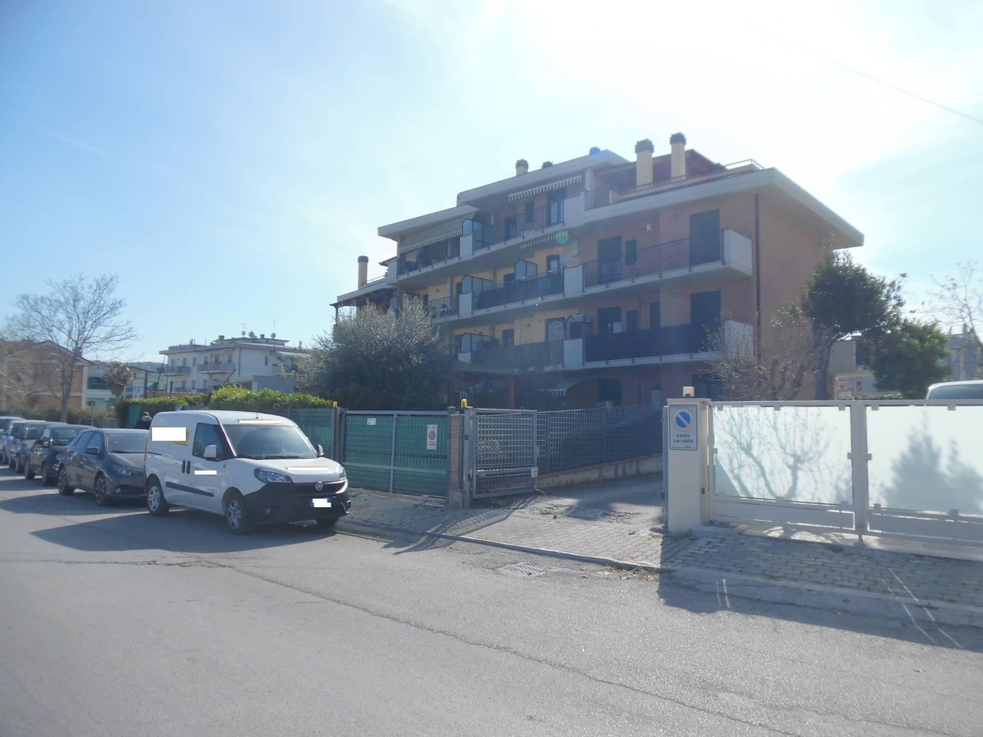 Garage/Box/Posto auto in vendita a Porto D'ascoli, San Benedetto Del Tronto (AP)