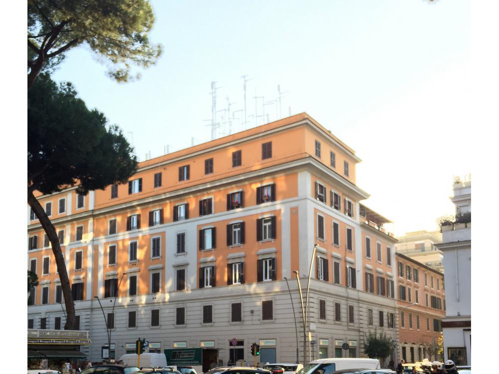 vendita appartamento roma s.giovanni  450000 euro  4 locali  105 mq