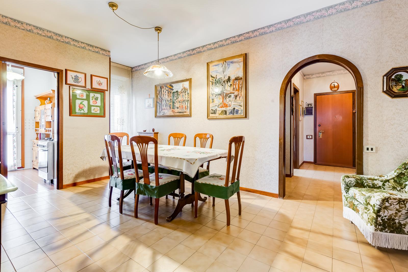 111840116 Appartamento in vendita Roma Colli Aniene