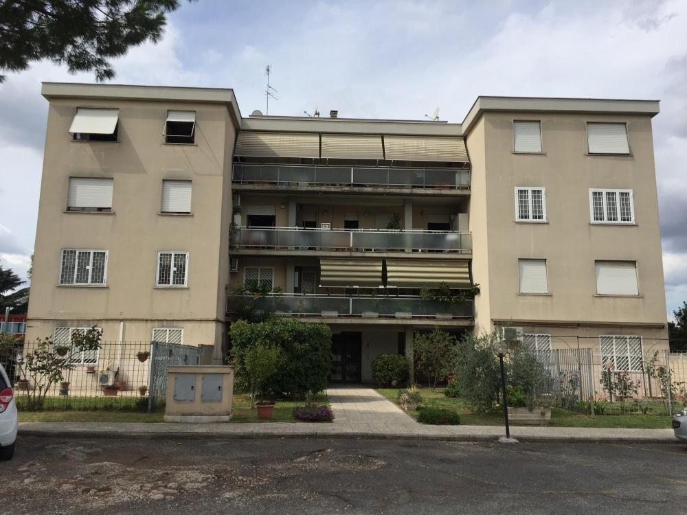 111840936 Appartamento in vendita Roma Torre Maura