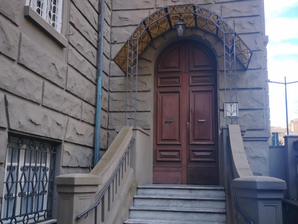 1118414325 Pentalocale in Via Giovanni Barracco, Roma, Zona Bologna