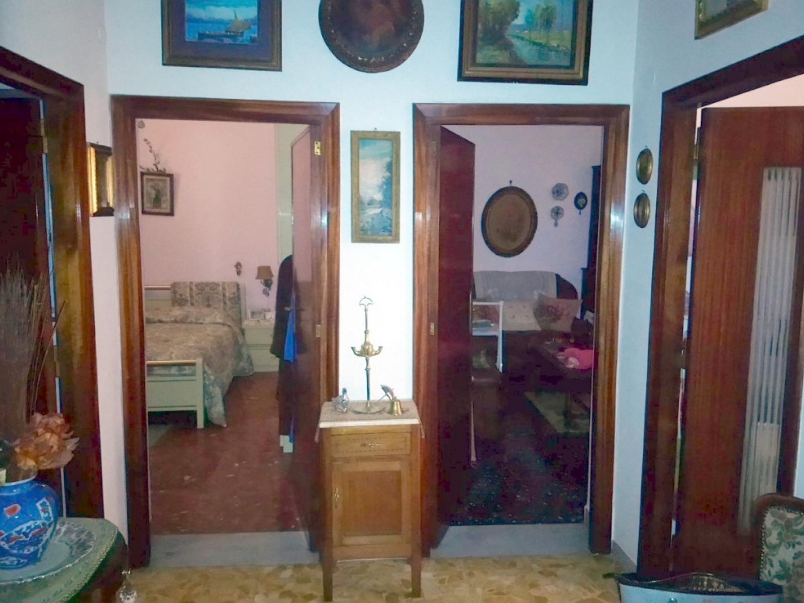 Trilocale in vendita via sebastiano veniero zona prati for Affittasi ufficio zona prati roma