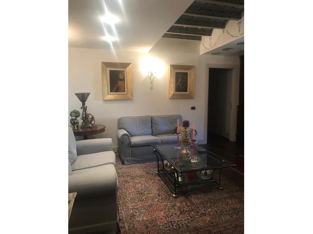 1118415213 Appartamento in vendita Roma Centro Storico