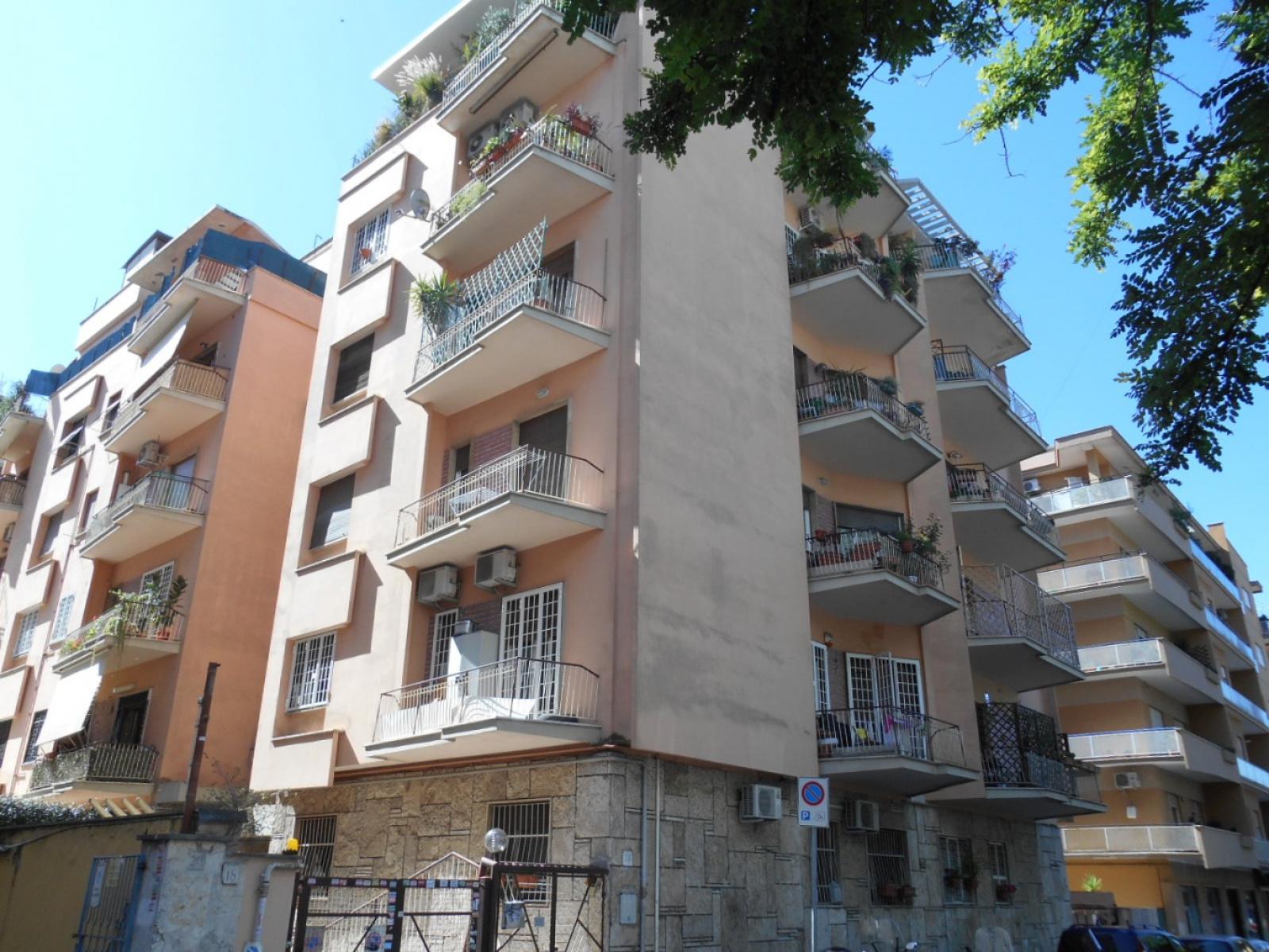1118416398 Quadrilocale in Via Vetulonia, Roma, Zona San Giovanni