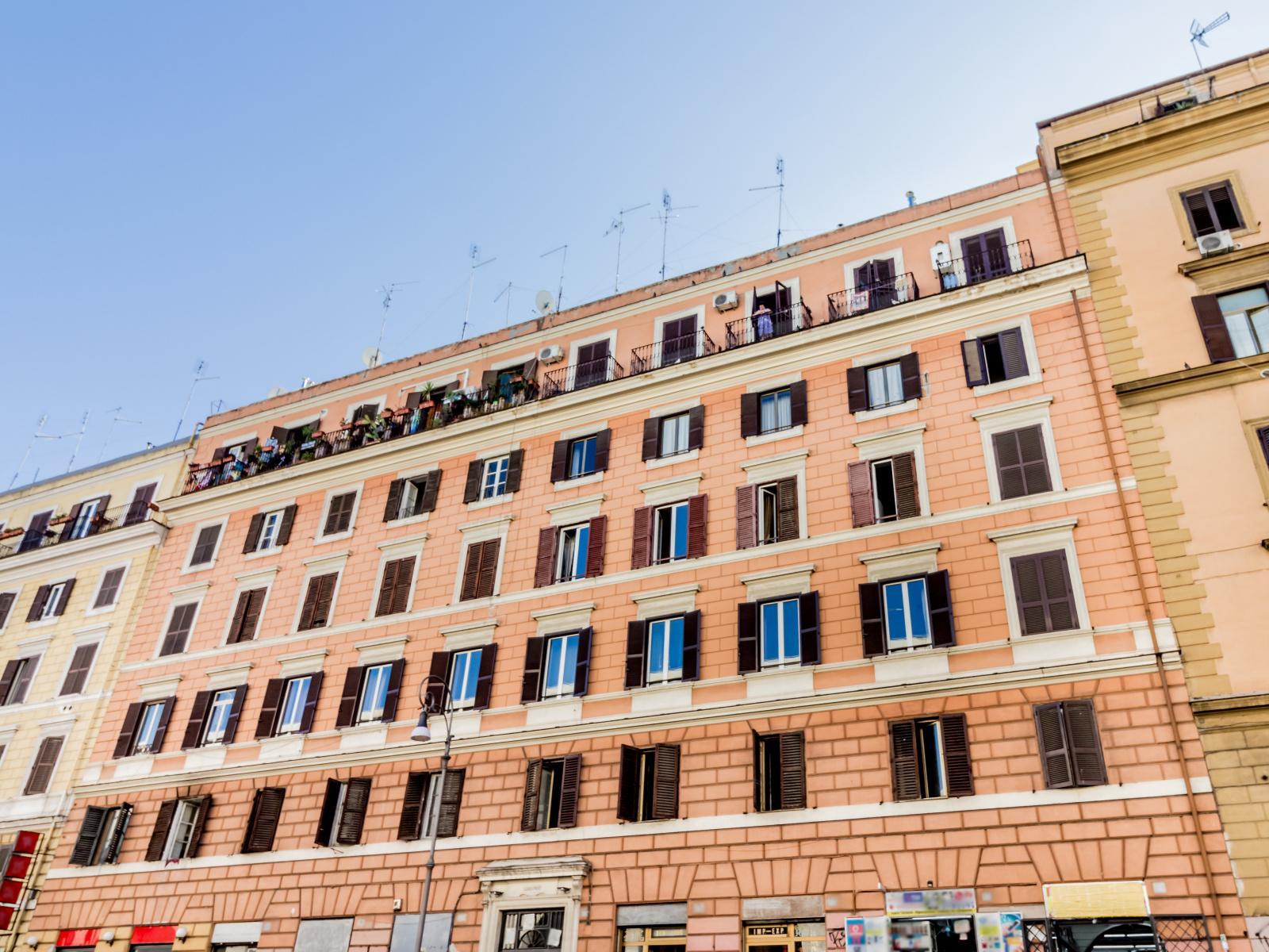 1118416534 Trilocale in Via Giovanni Giolitti, Roma, Zona Esquilino