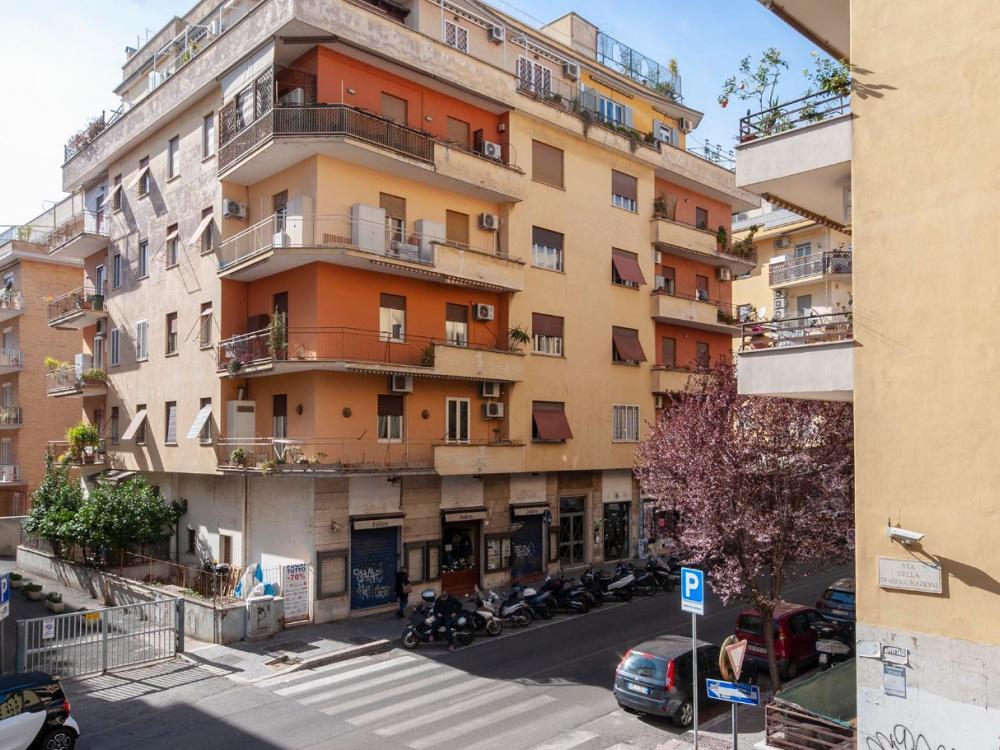 1118416570 Trilocale in Via Edoardo Jenner, Roma, Zona Monteverde