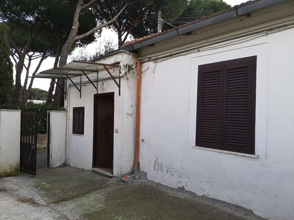 1118416698 Bilocale in Via Anicio Paolino, Roma, Zona Arco di Travertino