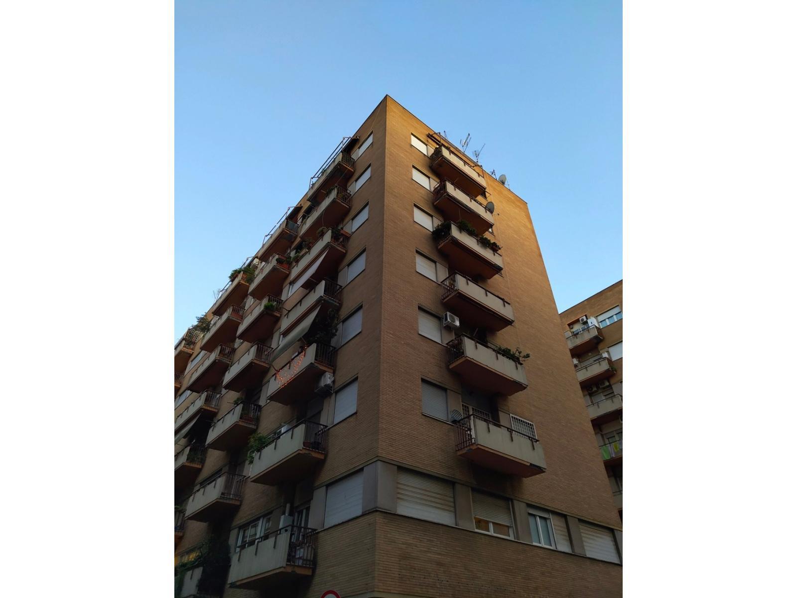 1118416812 Quadrilocale in Via Ugo Bertossi, Roma, Zona Tiburtina, Casal bruciato