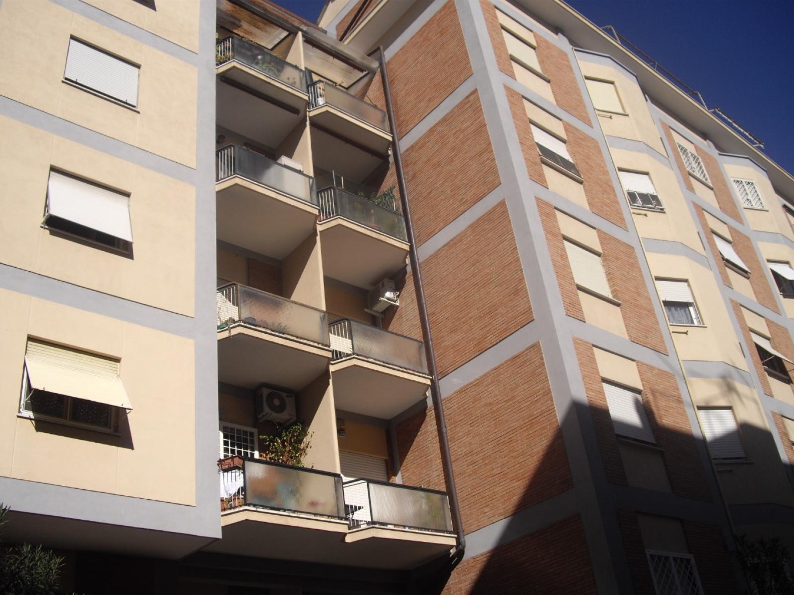 1118416897 Trilocale in Via San Giorgio Di Nogaro, Roma, Zona Collatino