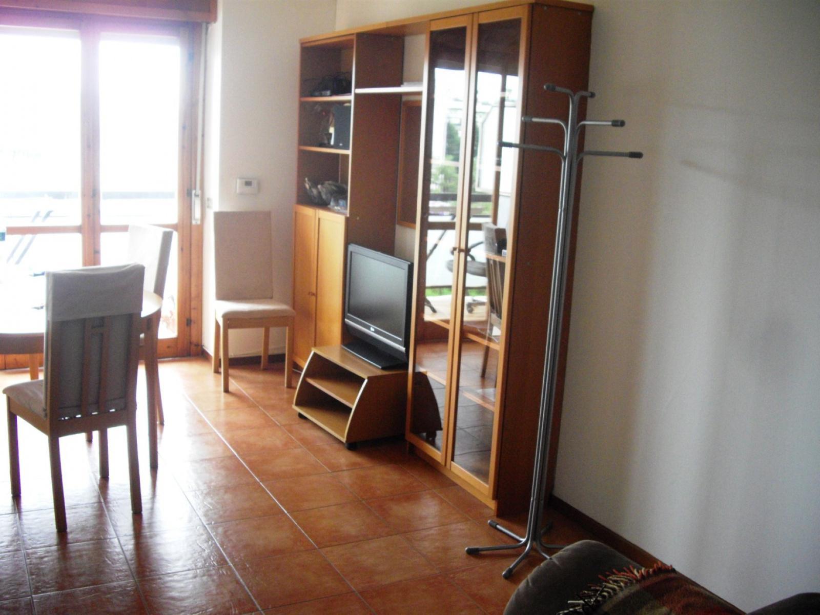 1118416992 Trilocale in Viale Antonio Ciamarra, Roma, Zona Cinecittà, Don Bosco