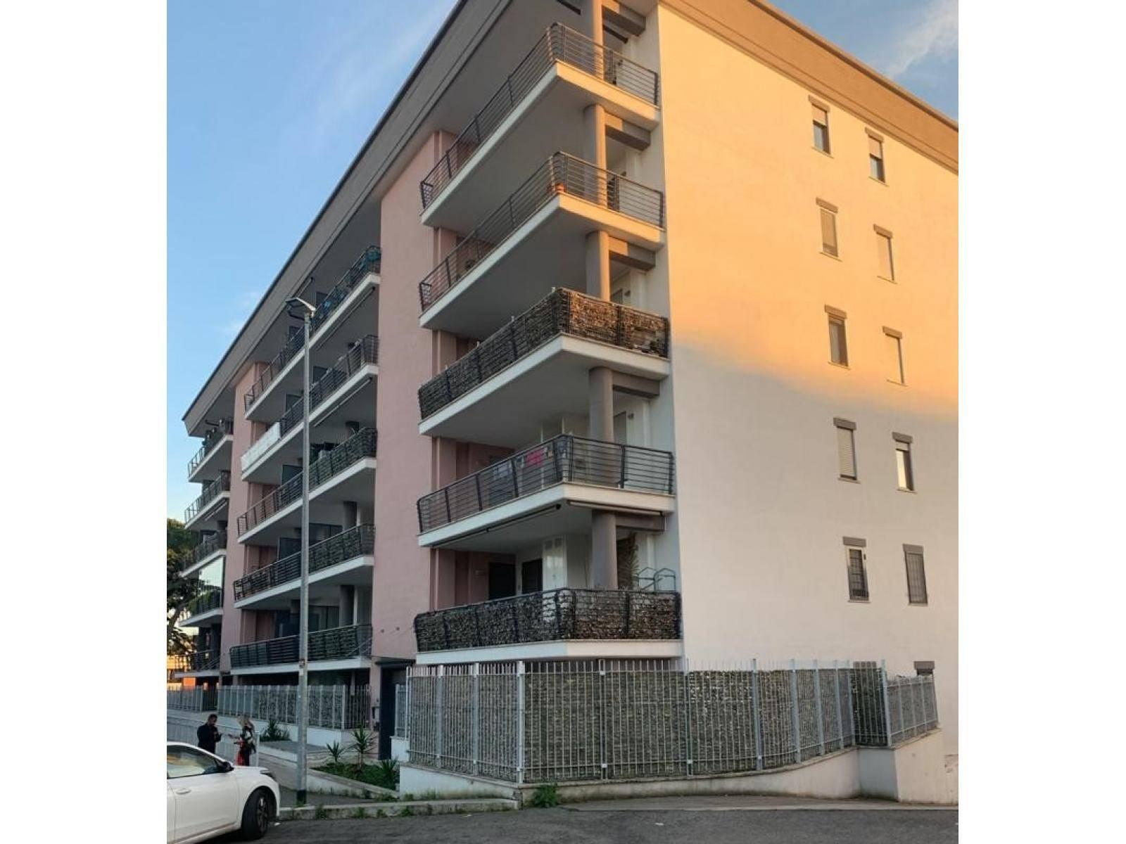 1118417249 Trilocale in Via Rivisondoli, Roma, Zona Casal De Pazzi