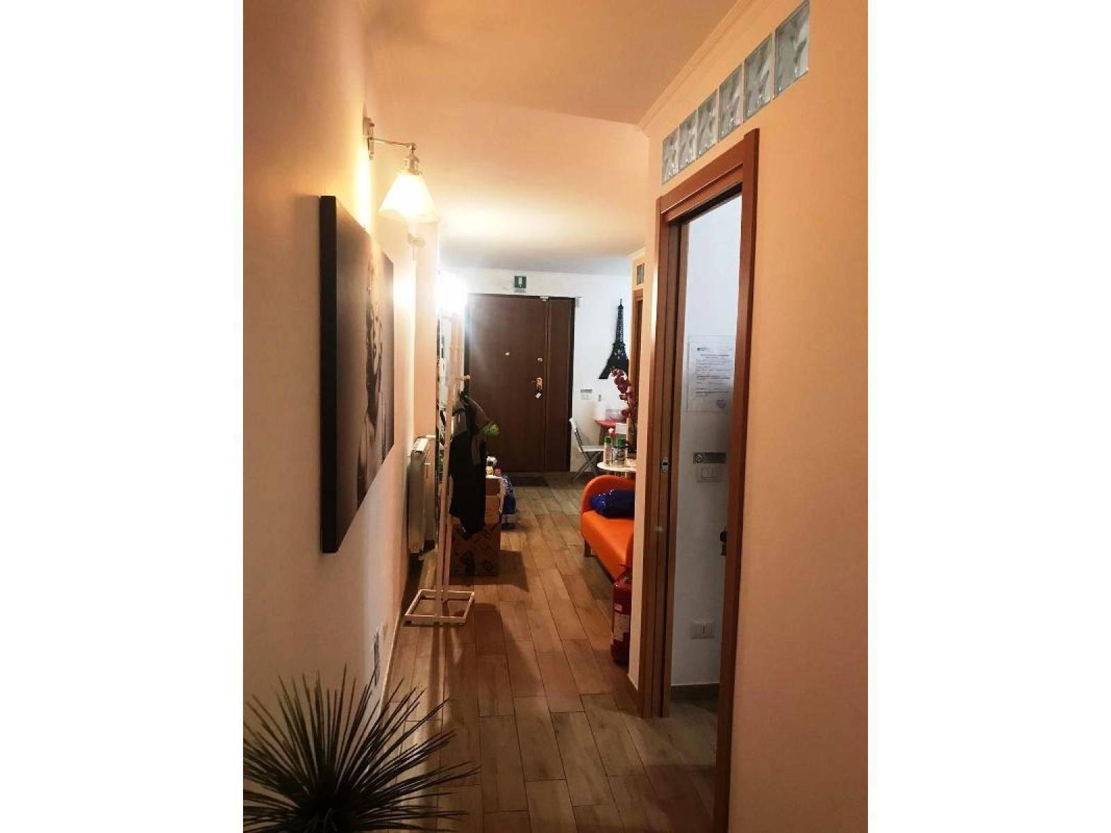 1118417331 Trilocale in Via S. Evaristo, Roma, Zona Gregorio VII