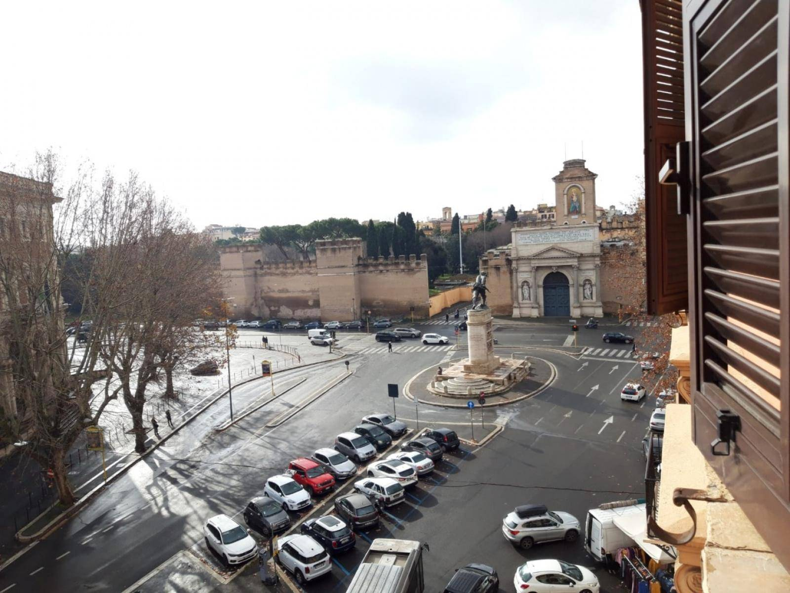 1118417362 Pentalocale in Via Nomentana, Roma, Zona Trieste