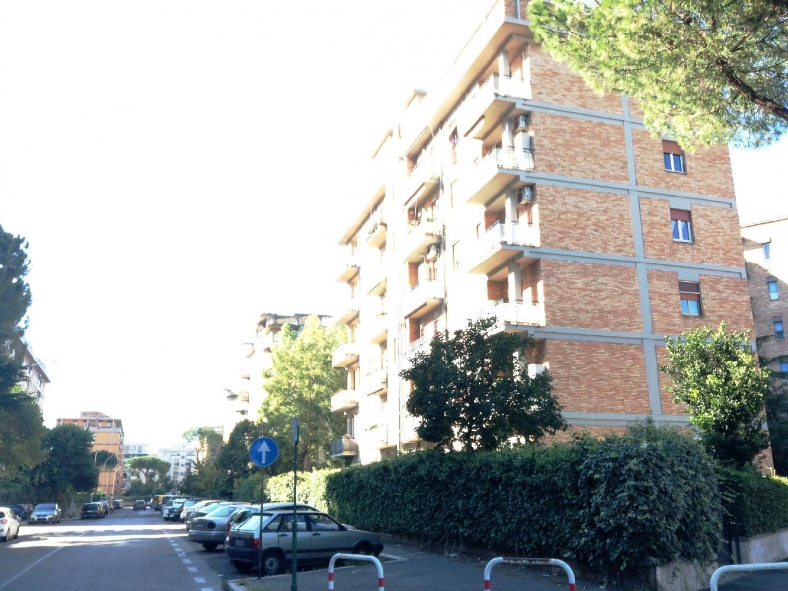 1118417499 Trilocale in Via Giuseppe Chiovenda, Roma, Zona Cinecittà, Don Bosco