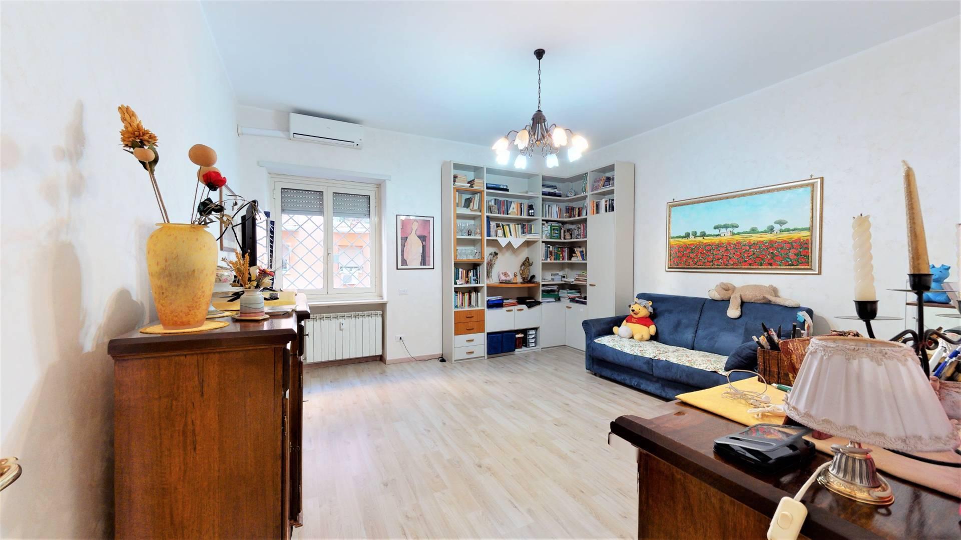 1118417370 Trilocale in Via Giorgio Pitacco, Roma, Zona Villa Gordiani