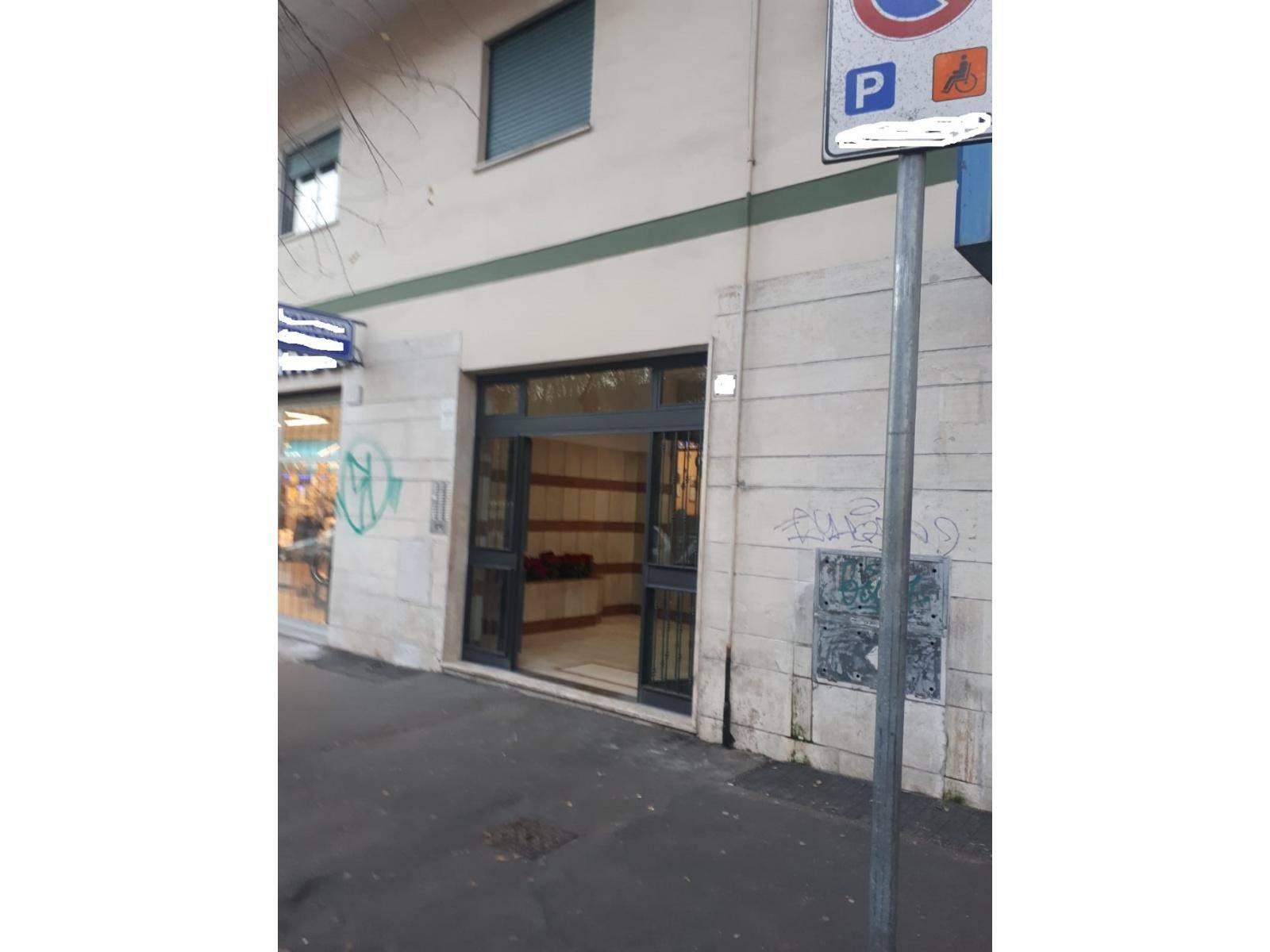 1118417545 Quadrilocale in Viale Della Serenissima, Roma, Zona Villa Gordiani