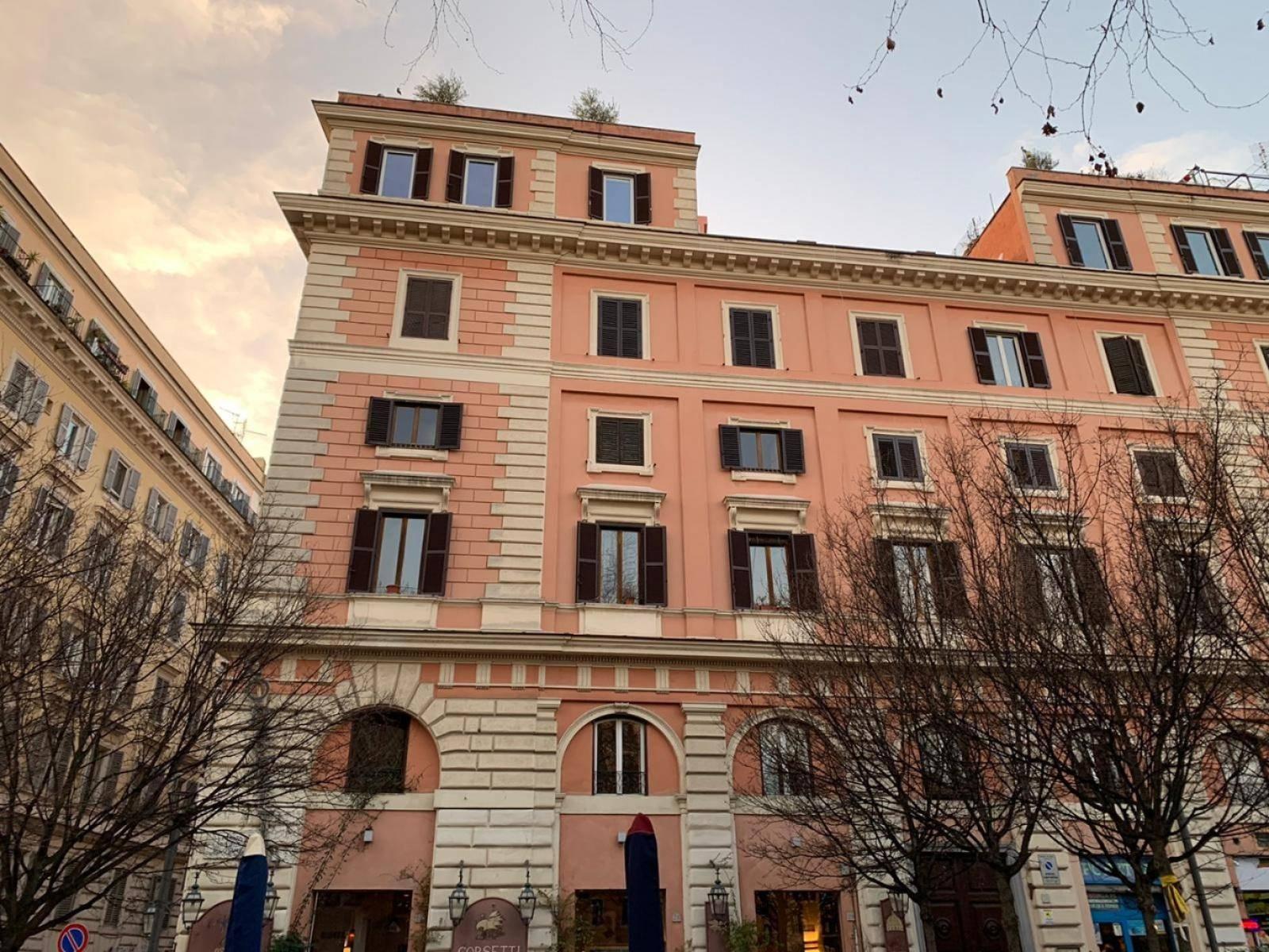 1118417550 Quadrilocale in Piazza Di San Cosimato, Roma, Zona Trastevere