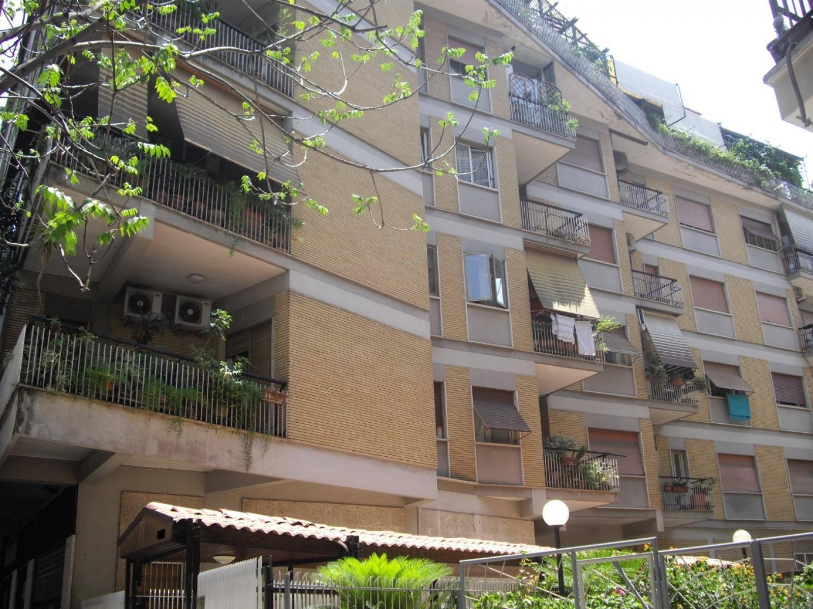 1118417641 Trilocale in Via Prenestina, Roma, Zona Centocelle