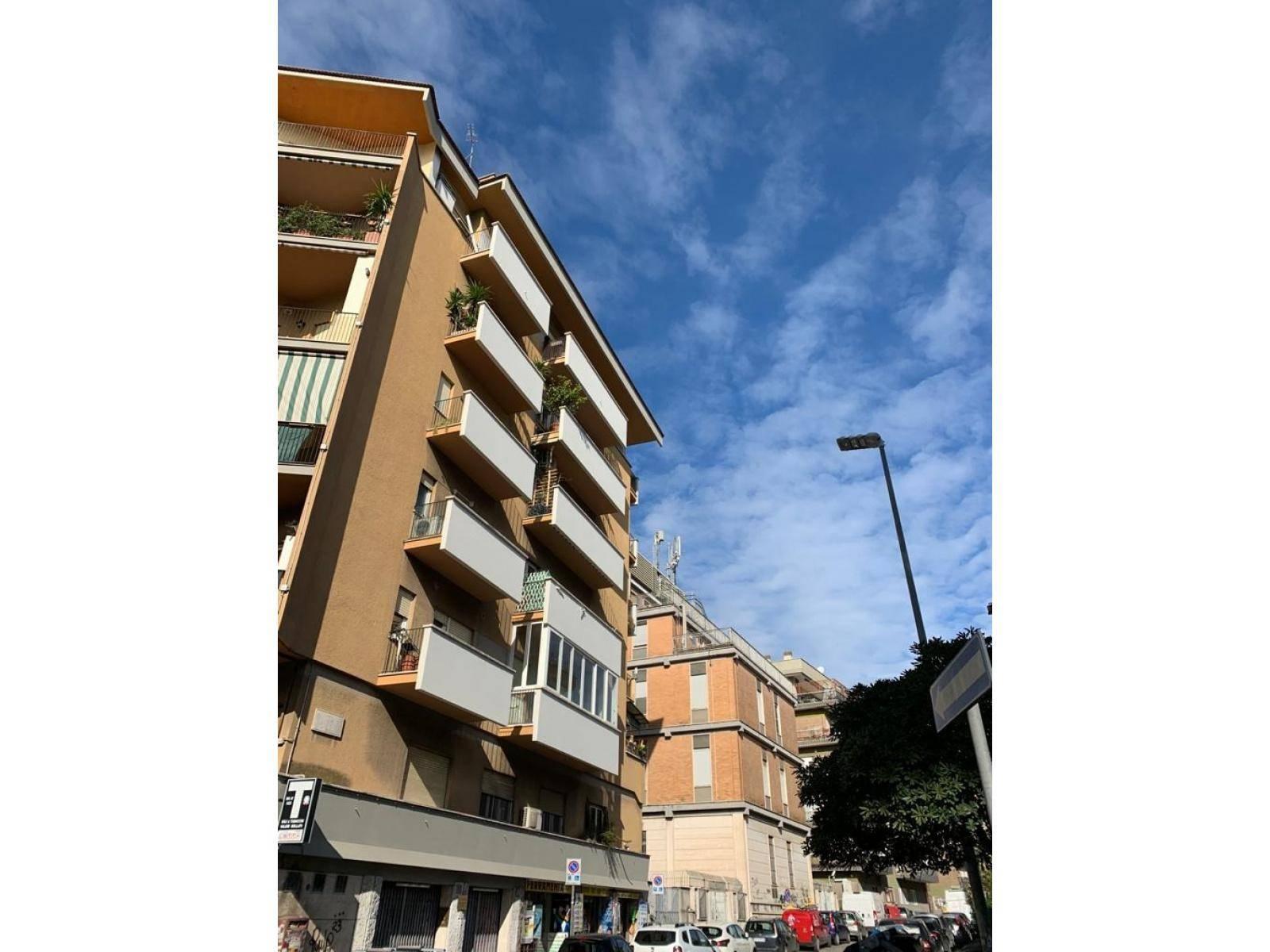 1118417829 Trilocale in Via Nomentana, Roma, Zona Talenti