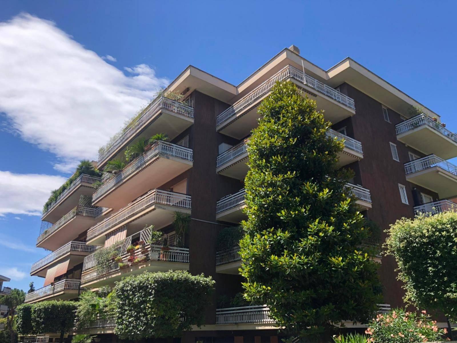 1118417853 Plurilocale (8) in Via Antonio Silvani, Roma, Zona Nuovo Salario