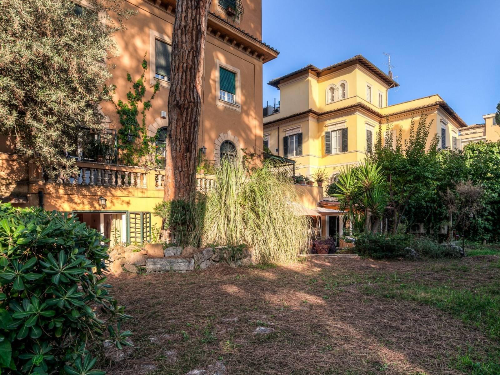 1118417969 Plurilocale (6) in Via Marcella, Roma, Zona Aventino