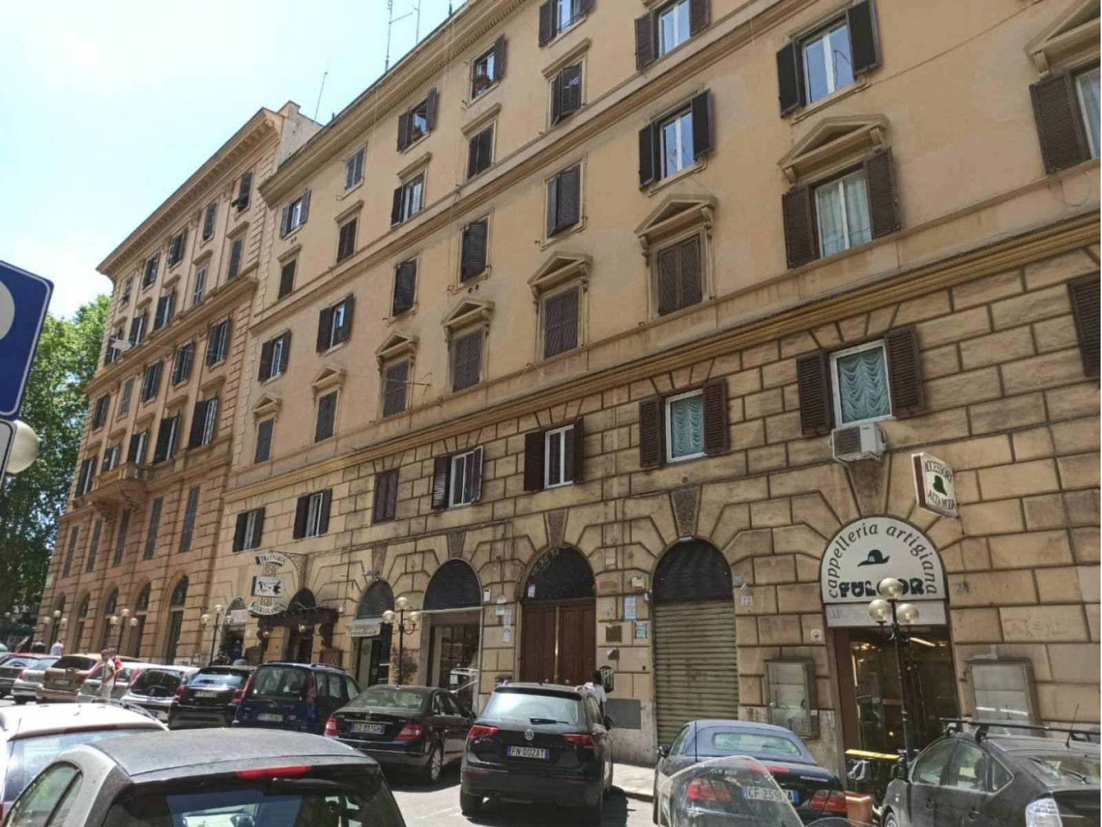 1118417986 Trilocale in Via Ancona, Roma, Zona Trieste