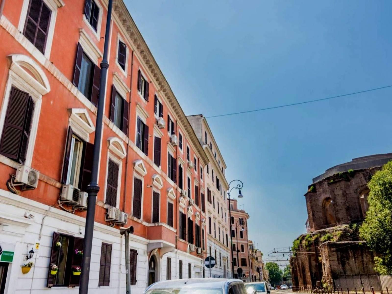 1118417998 Bilocale in Via Giovanni Giolitti, Roma, Zona Esquilino