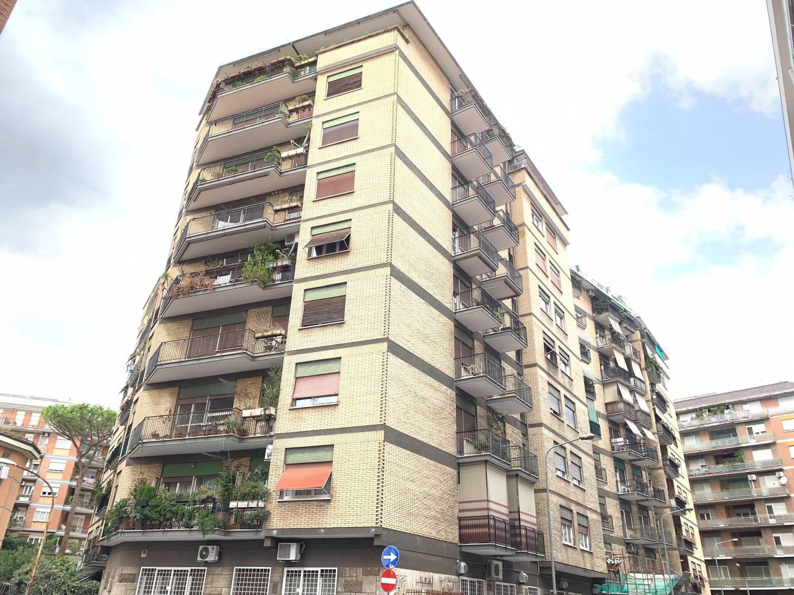 1118418074 Trilocale in Via Damaso Cerquetti, Roma, Zona Monteverde