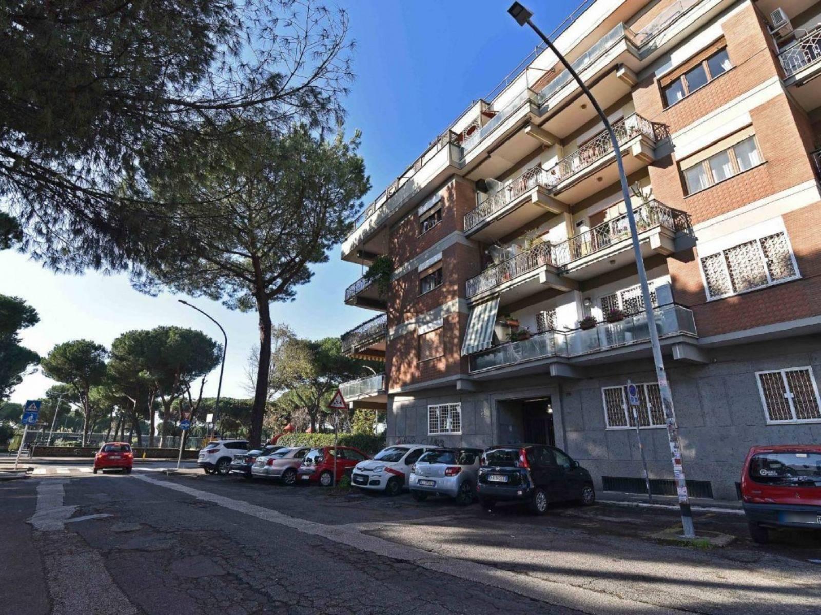 1118418107 Quadrilocale in Viale Appio Claudio, Roma, Zona Tuscolana, Appio Claudio