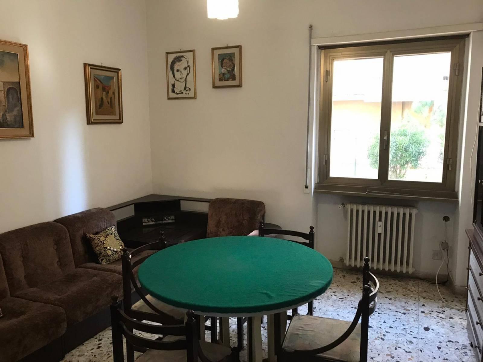 1118418191 Trilocale in Piazza San Giovanni Bosco, Roma, Zona Cinecittà, Don Bosco