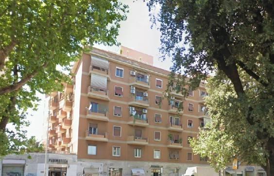 1118418202 Trilocale in Via Ostiense, Roma, Zona Marconi