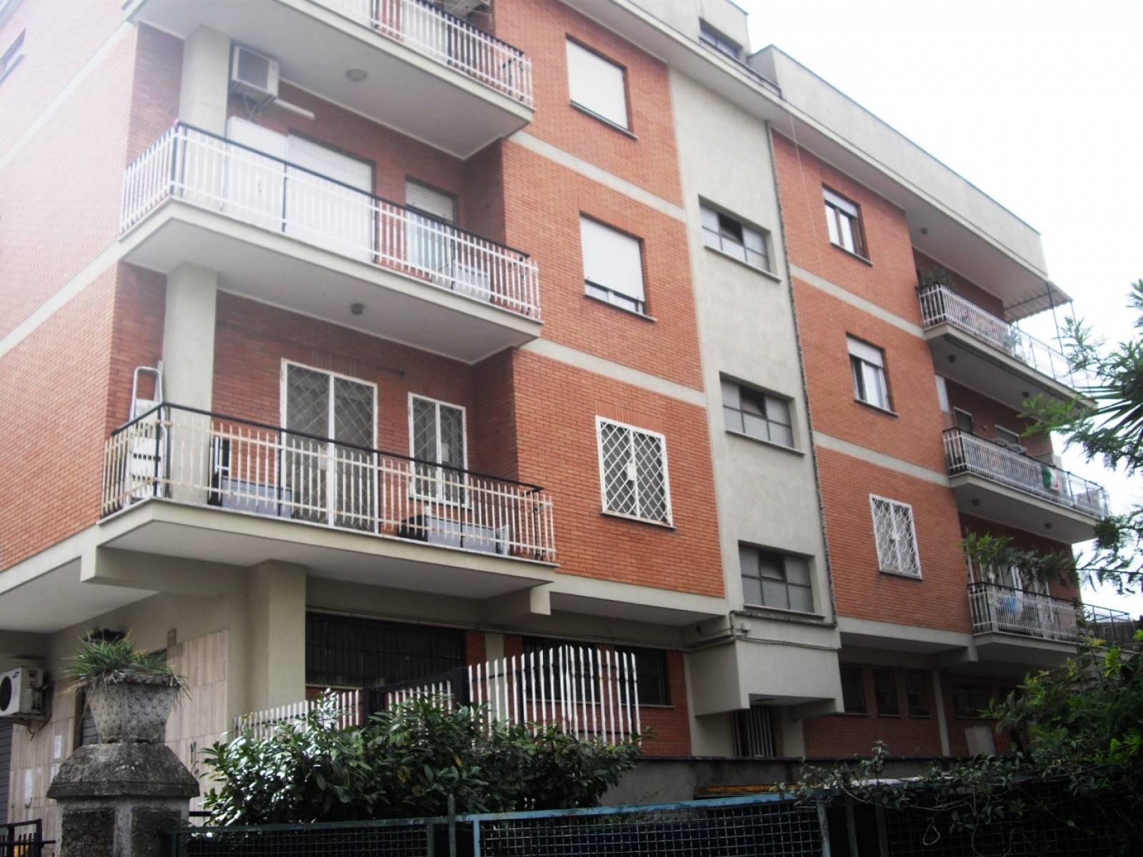 1118418226 Bilocale in Via Del Prato, Roma, Zona Alessandrino