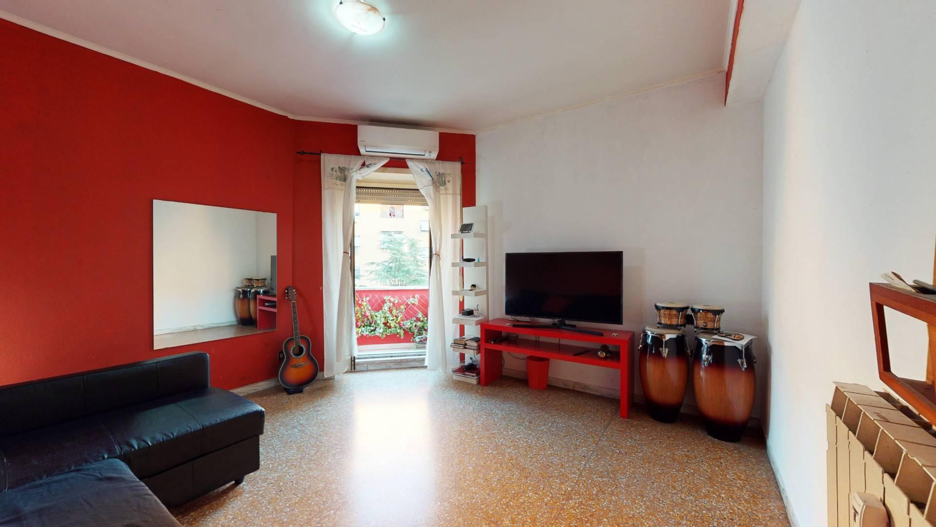 1118418295 Bilocale in Via Flavio Stilicone, Roma, Zona Cinecittà, Don Bosco
