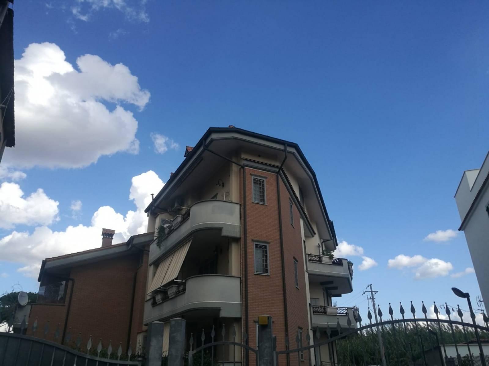 1118418374 Bilocale in Via Ricchiano, Roma, Zona Giardinetti