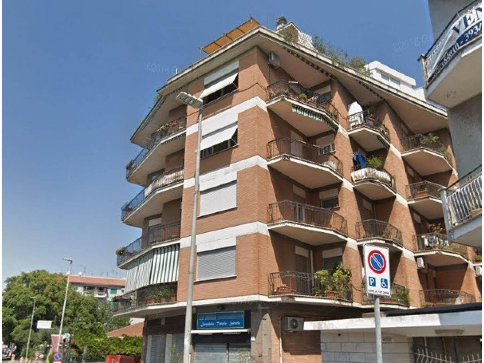 1118418520 Trilocale in Via Delle Vigne Nuove, Roma, Zona Bufalotta