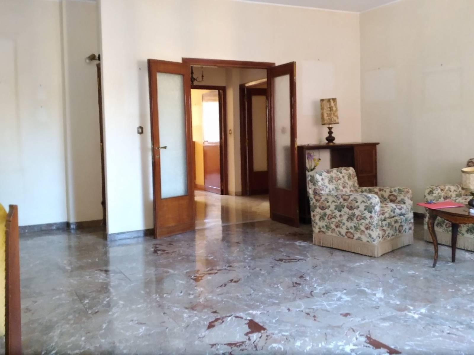 1118418529 Quadrilocale in Via Sangemini, Roma, Zona Camilluccia