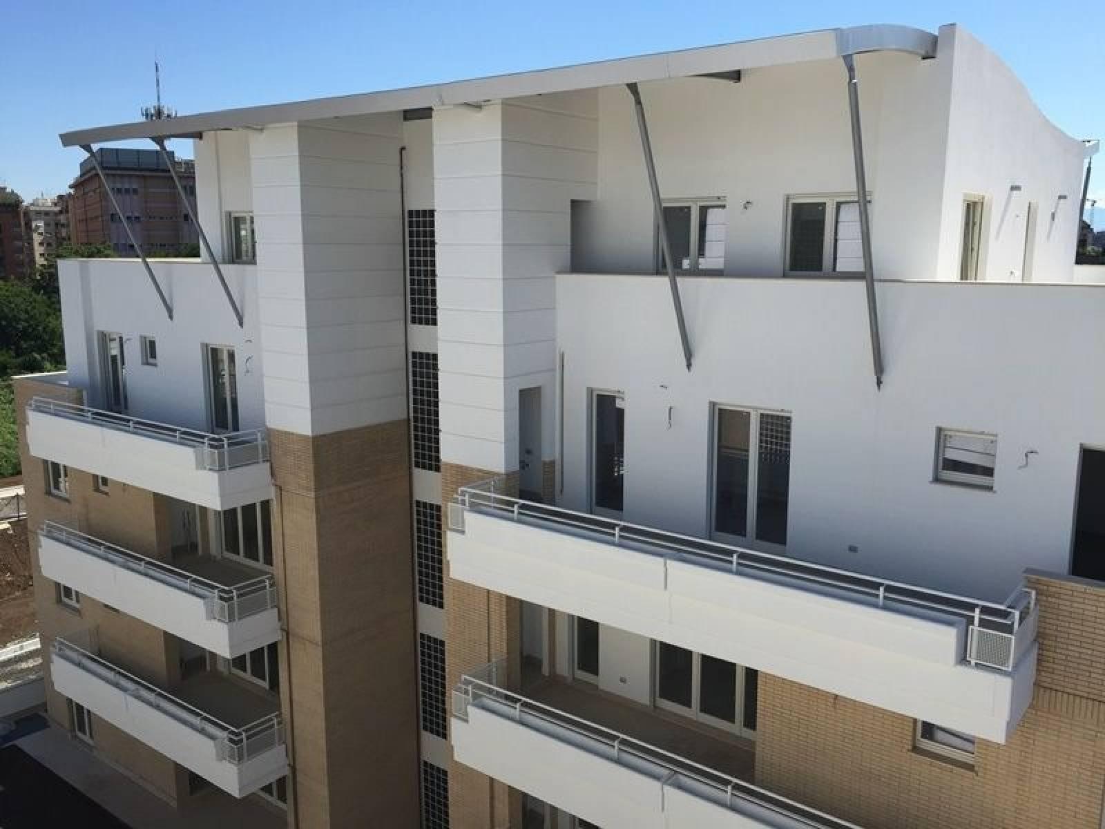 1118418577 Quadrilocale in Via Dei Monti Tiburtini, Roma, Zona Monti Tiburtini, Pietralata