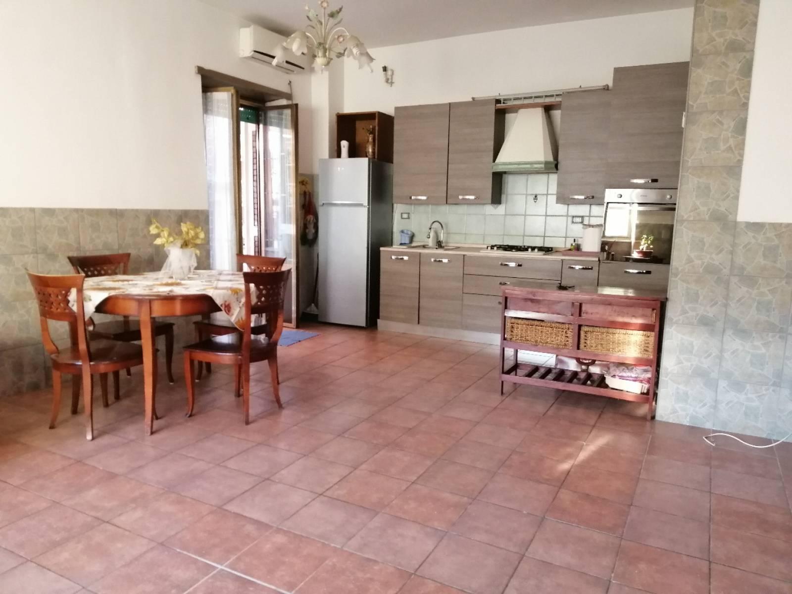 1118418625 Trilocale in Via Tommaso Piroli, Roma, Zona Giardinetti