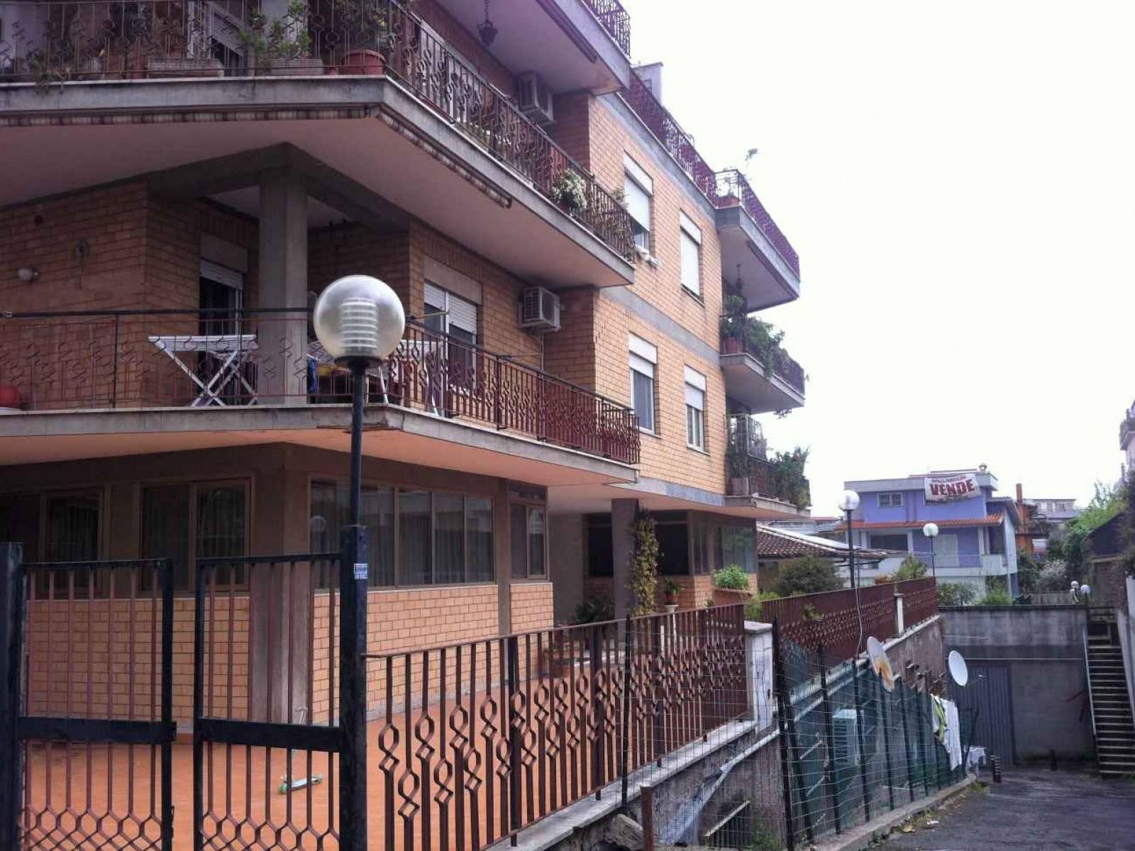 1118418664 Monolocale in Via Fosso Del Poggio, Roma, Zona Tomba di Nerone
