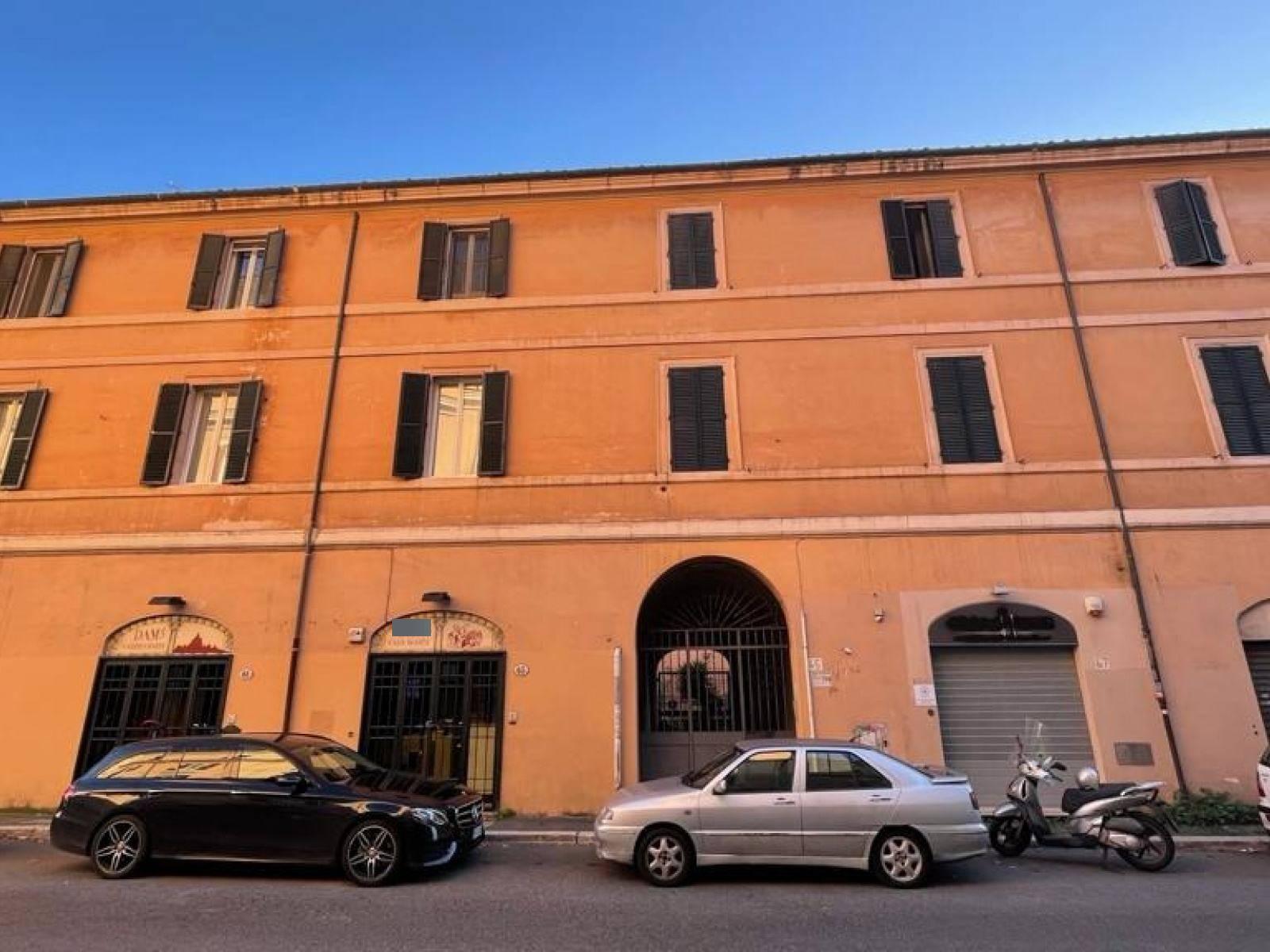 1118418650 Trilocale in Via Aurelia, Roma, Zona San Pietro